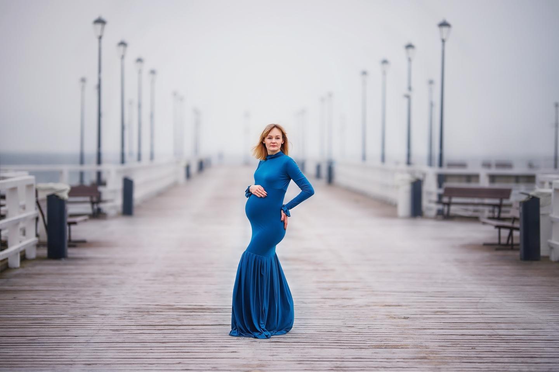 Katarzyna sesja ciążowa w lesie