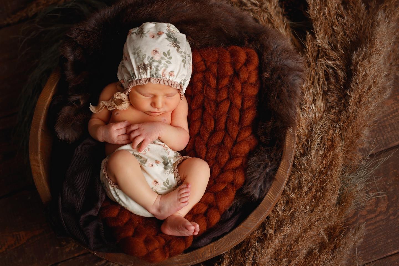 Sara sesja noworodkowa
