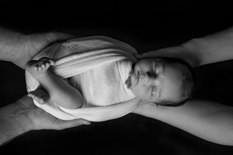 Oliwka sesja noworodkowa